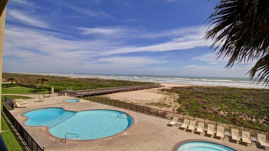 South Padre-area condoAverage per person, per night: $34.50 Photo: HomeAway