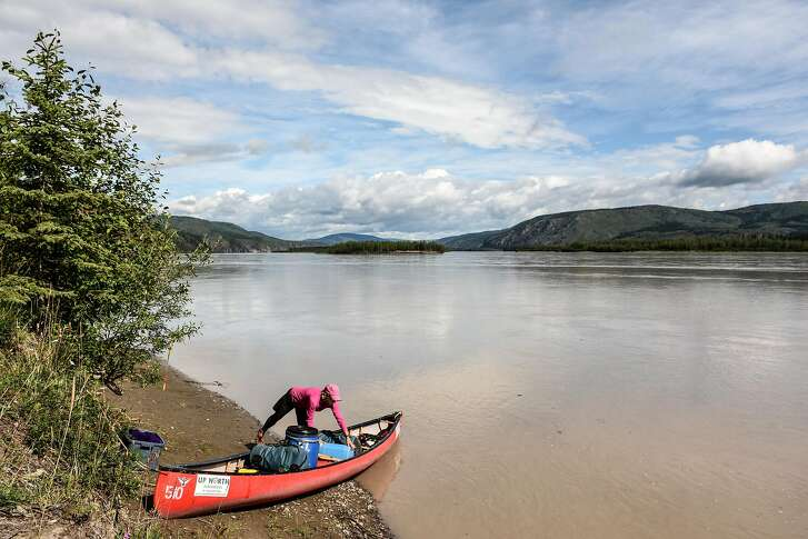 Getting ready to take off for another day on the Yukon River.