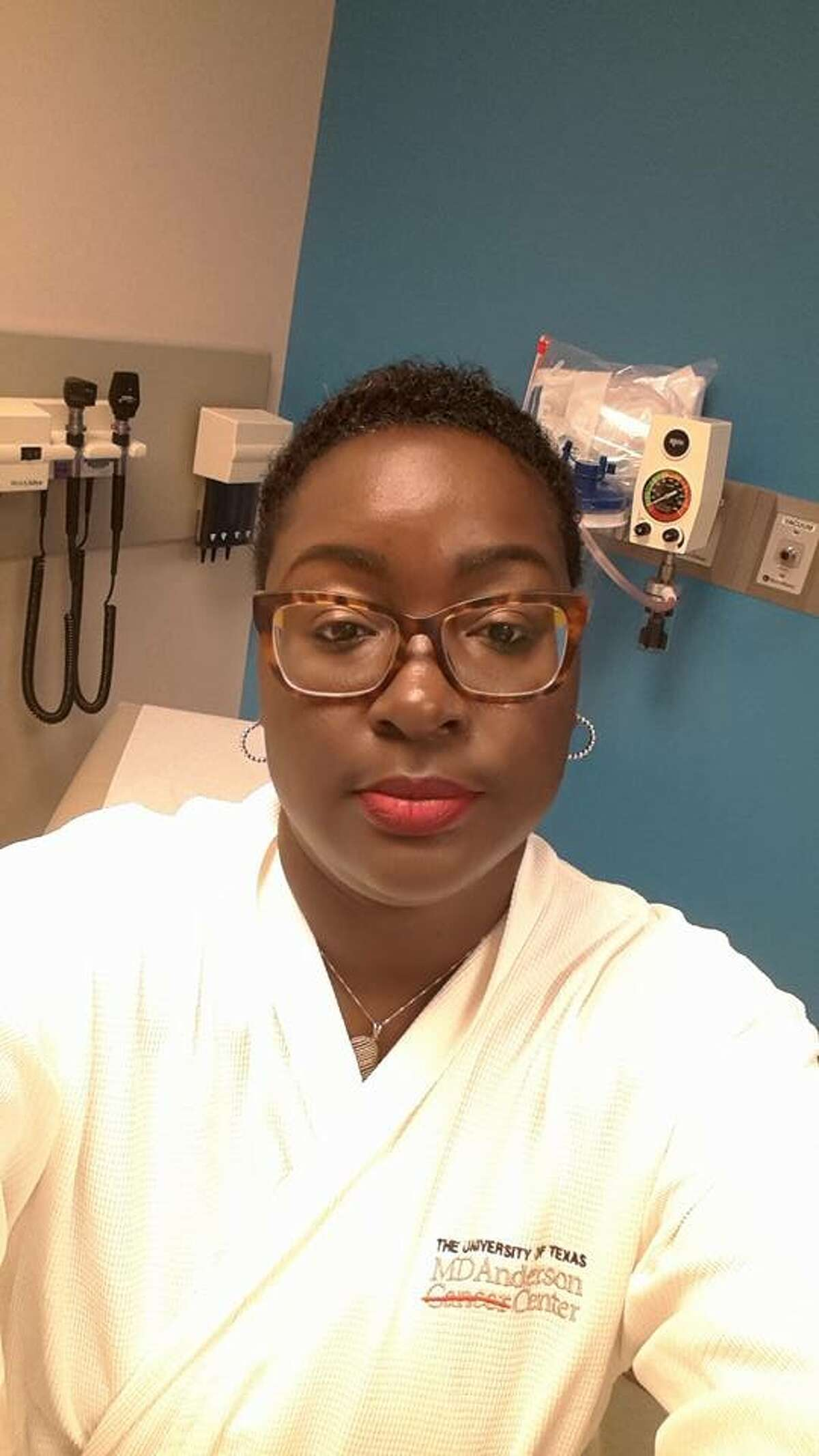 LaShonda Jackson's work as an autopsy technician took on a new meaning after a cancer diagnosis.