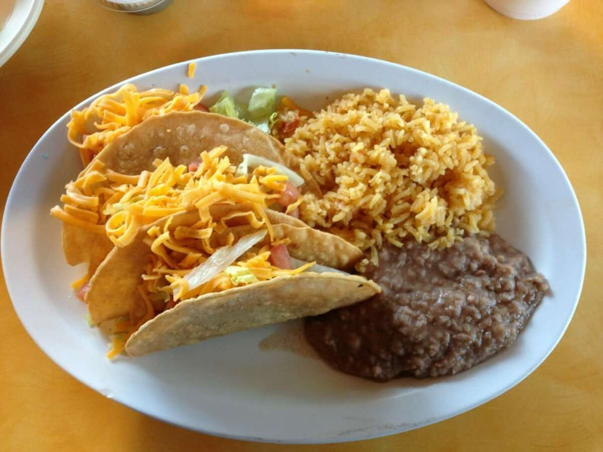 Click through the slideshow to see Yelp reviewers' take on the best tacos in San Antonio. 20. Los Tacos Gueros - Stone Oak:4.5 stars Price: $