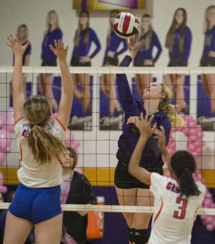 HS VOLLEYBALL: MHS knocks off revenge-minded Central in 4 - Midland