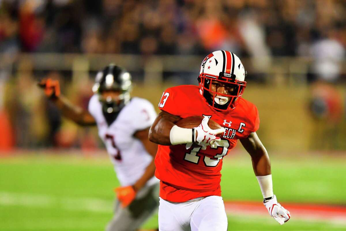 LUBBOCK, TX - SEPTEMBER 30: Cameron Batson #13 of the Texas Tech Red Raiders gets yards after making the catch during the the game between the Texas Tech Red Raiders and the Oklahoma State Cowboys on September 30, 2017 at Jones AT&T Stadium in Lubbock, Texas. Oklahoma State defeated Texas Tech 41-34. (Photo by John Weast/Getty Images)