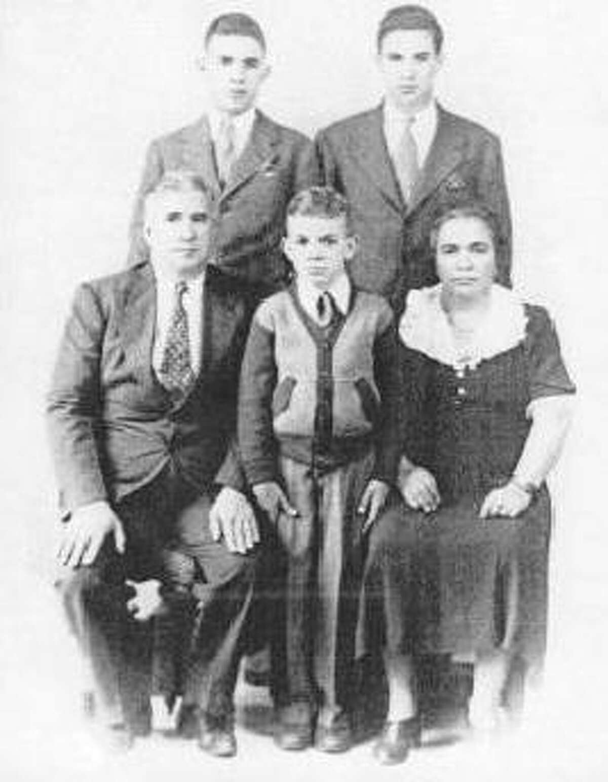 The Pantuso Family in early 1941. Nicola, or Nick, Frank's father, is in the front left. Frank is in the back right.