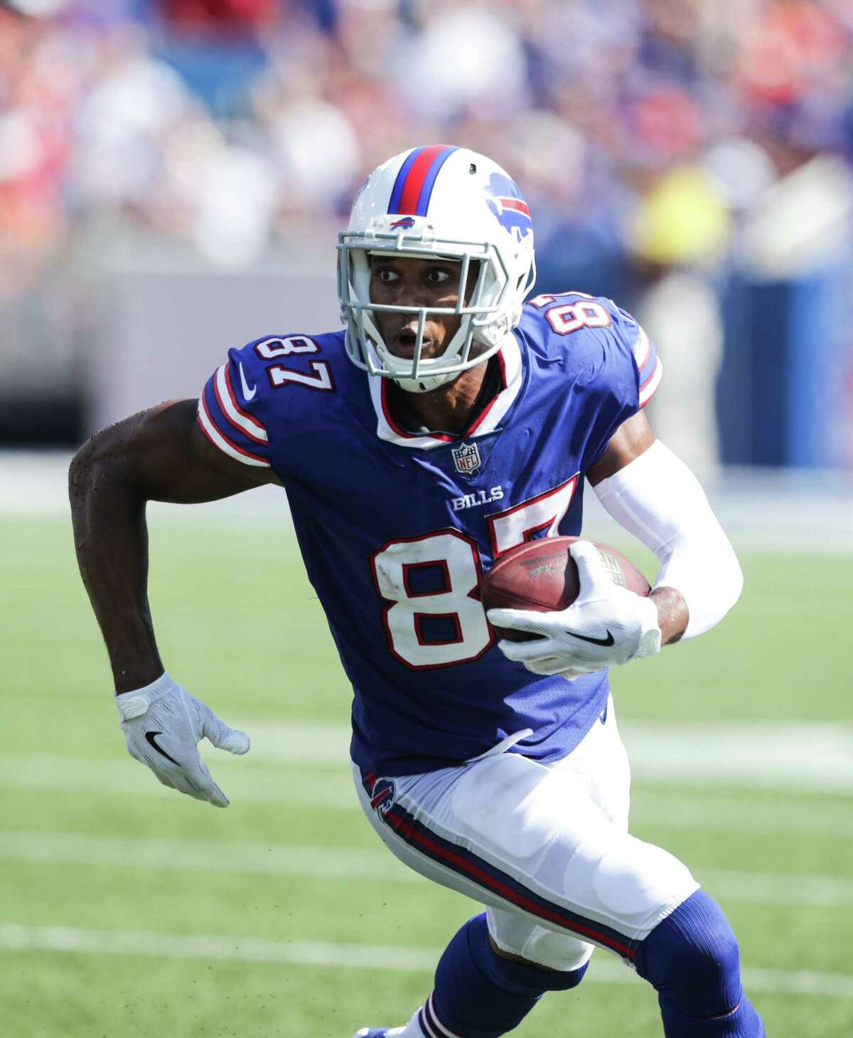 ORCHARD PARK, NY - SEPTEMBER 24: Jordan Matthews #87 of the Buffalo Bills runs the ball during an NFL game against the Denver Broncos on September 24, 2017 at New Era Field in Orchard Park, New York. (Photo by Brett Carlsen/Getty Images) ORG XMIT: 700070632