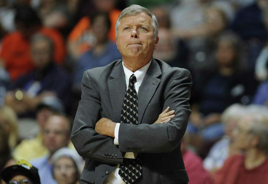 San Antonio Stars coach Dan Hughes watches the team's game against the Connecticut Sun in Uncasville, Conn., on Aug. 30, 2016. Hughes is coming back to the WNBA as coach of the Seattle Storm. Photo: Jessica Hill /Associated Press / AP2016
