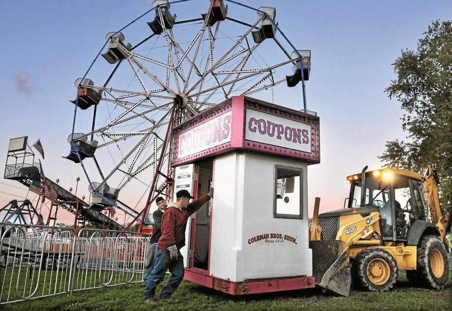 The Portland Agricultural Fair starts Friday at Exchange Fair Grounds. Wine tastings, exhibits, and food booths are planned throughout the weekend. Find out more. Photo: Catherine Avalone / Journal Register Co. / TheMiddletownPress