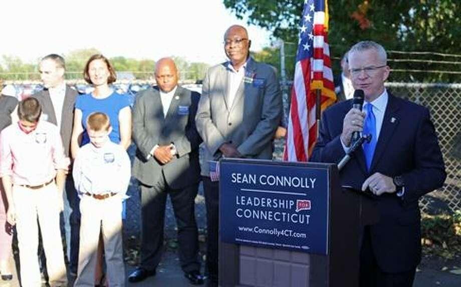 Sean Connolly announces exploratory bid for governor. Photo: Christine Stuart / CTNewsJunkie