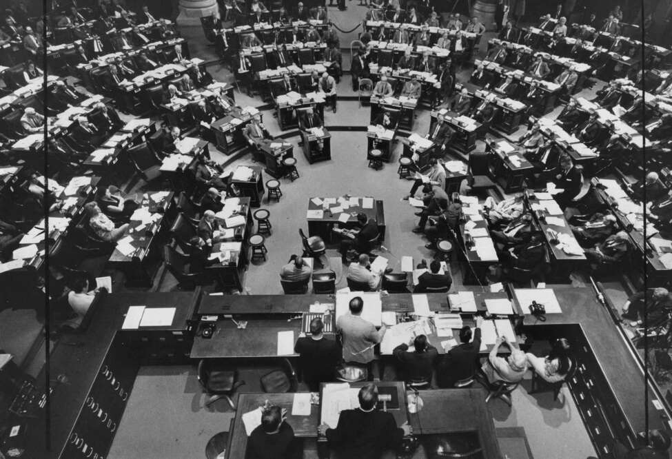 TIMES UNION STAFF PHOTO BY ARNOLD LEFEVRE--CONSTITUTIONAL CONVENTION NYS 1967.