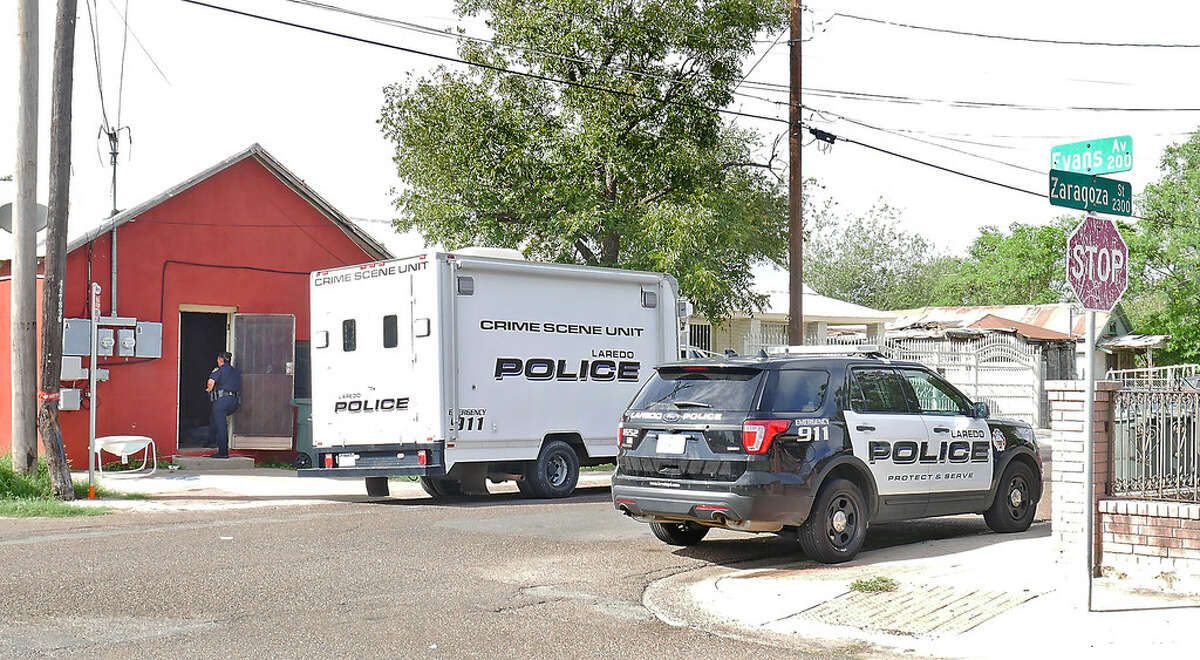 Laredo Police investigate a home at the 2300 block of Zaragoza Street, Wednesday, October 4, 2017. According to authorities, a 26-year-old male was found unresponsive. He later died. Police found guns, money. Detected strong odor of marijuana. Authorities also found two children and an infant.