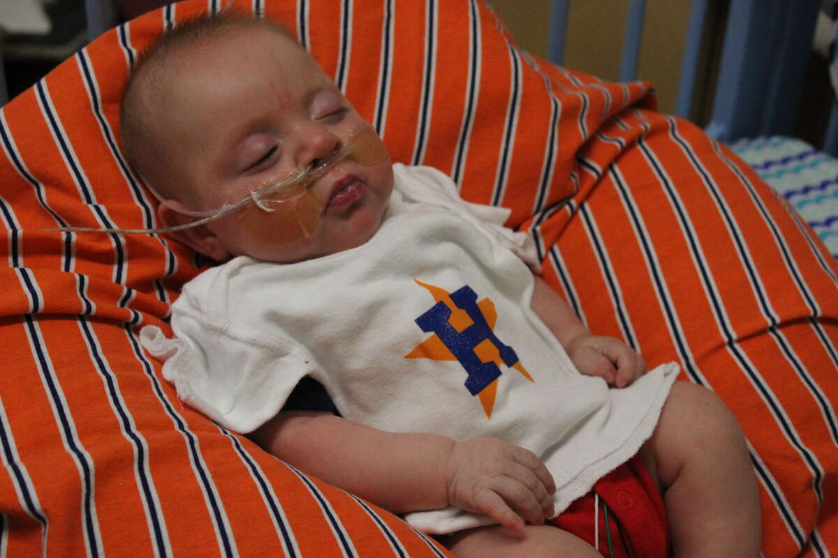 Staff at Children's Memorial Hermann Hospital passed out Astros shirts to the parents and children in the NICU.