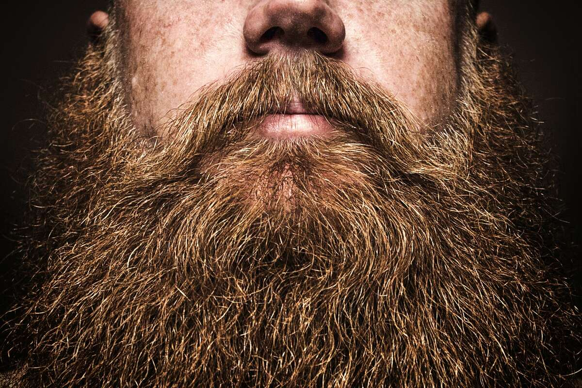 There's no need to trim your beard if you wear a cloth mask to protect yourself and others from coronavirus infection.