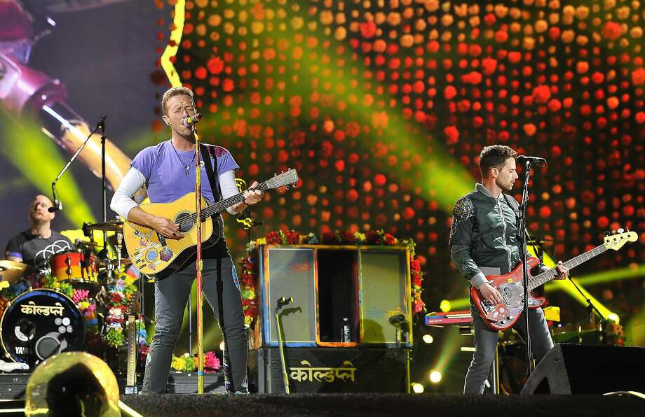 SANTA CLARA, CA - OCTOBER 04: Coldplay performs at Levi's Stadium on October 4, 2017 in Santa Clara, California. Photo: (Photo By Steve Jennings/Getty Images), Getty Images