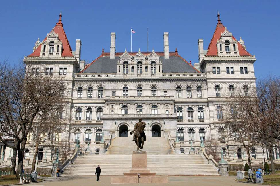 New York State Capitol building. (Will Waldron/Times Union) ORG XMIT: MER2013110812403471