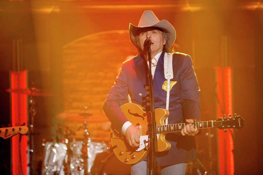 LATE NIGHT WITH SETH MEYERS -- Episode 0193 -- Pictured: Musical guest Dwight Yoakam performs on April 21, 2015 -- (Photo by: Lloyd Bishop/NBC/NBCU Photo Bank via Getty Images) Photo: NBC, Contributor / 2015 NBCUniversal Media, LLC