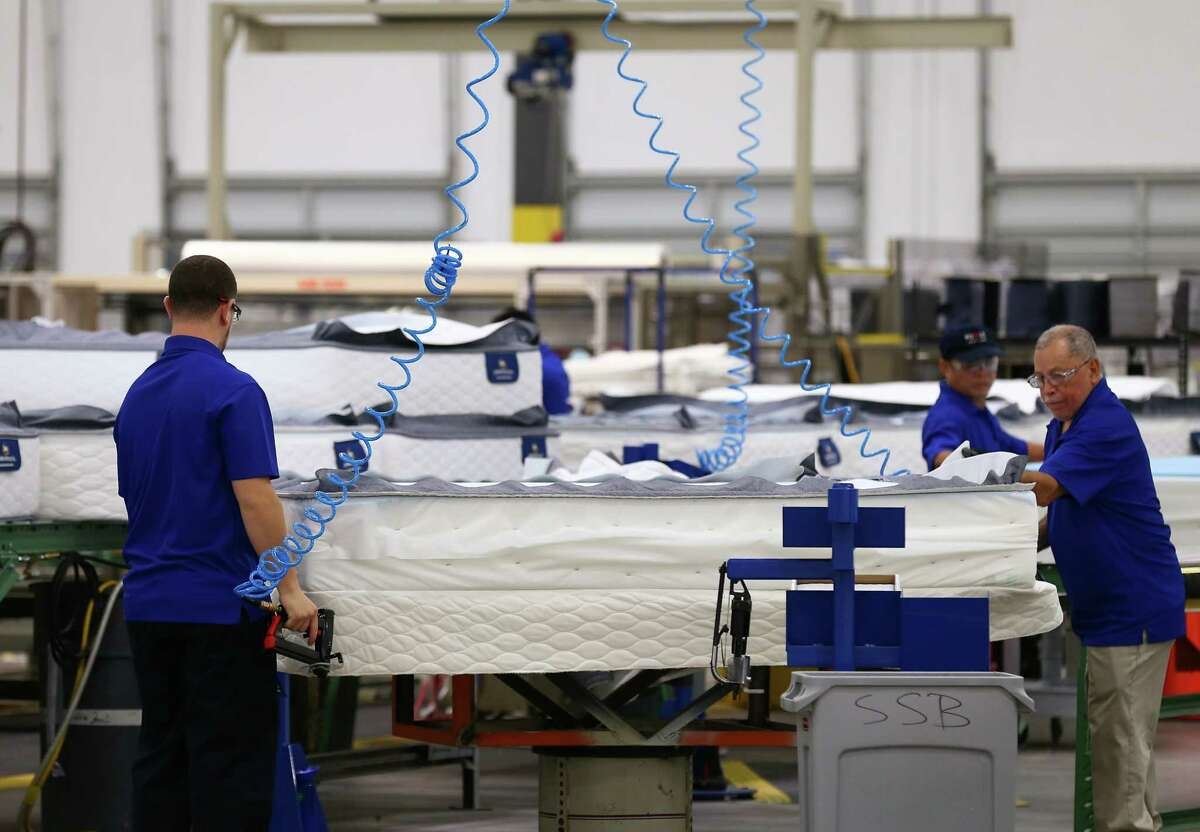 Serta Simmons Bedding has opened a new 265,000 square feet factory and will employ more than 100 full-time employee Thursday, Oct. 5, 2017, in Houston. ( Godofredo A. Vasquez / Houston Chronicle )