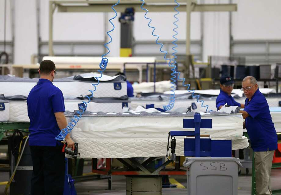 Serta Simmons Bedding has opened a new 265,000 square feet factory and will employ more than 100 full-time employee Thursday, Oct. 5, 2017, in Houston. ( Godofredo A. Vasquez / Houston Chronicle ) Photo: Godofredo A. Vasquez, Houston Chronicle / Godofredo A. Vasquez