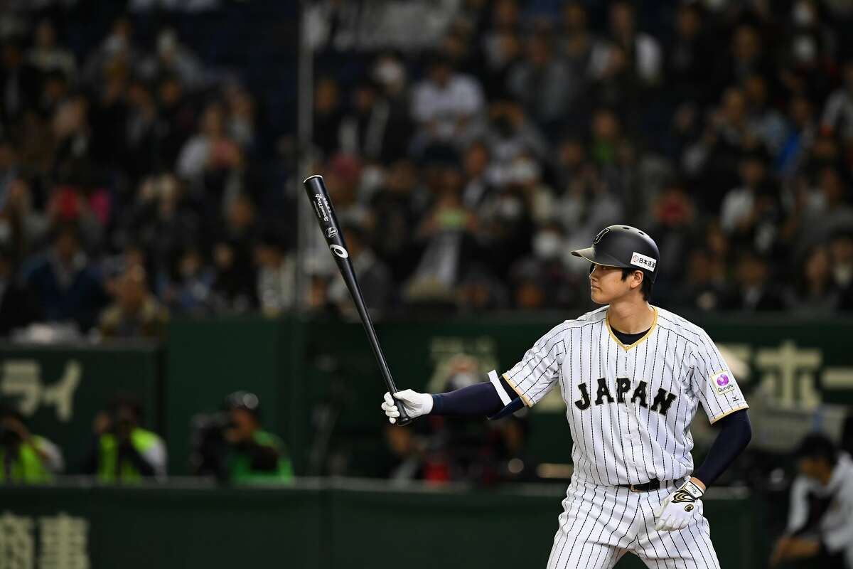 Pinch hitter Shohei Ohtani #16 of Japan at bat in the eighth inning during the international friendly match between Japan and Mexico at the Tokyo Dome on November 10, 2016 in Tokyo, Japan. (Photo by Masterpress/Getty Images)