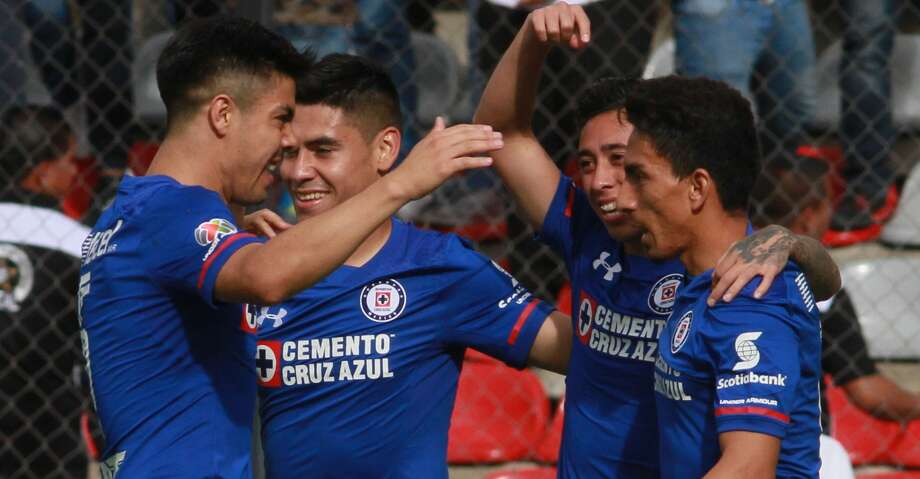 Liga MX's Cruz Azul defeated the Dynamo, 5-3, in the ninth annual BBVA Compass Dynamo Charities Cup at BBVA Compass Stadium. Photo: ROCIO VAZQUEZ/AFP/Getty Images