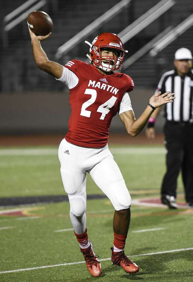 Martin's Mathew Duron rushed for 834 yards and 11 touchdowns last year and passed for 699 yards and seven scores. Photo: Danny Zaragoza /Laredo Morning Times File