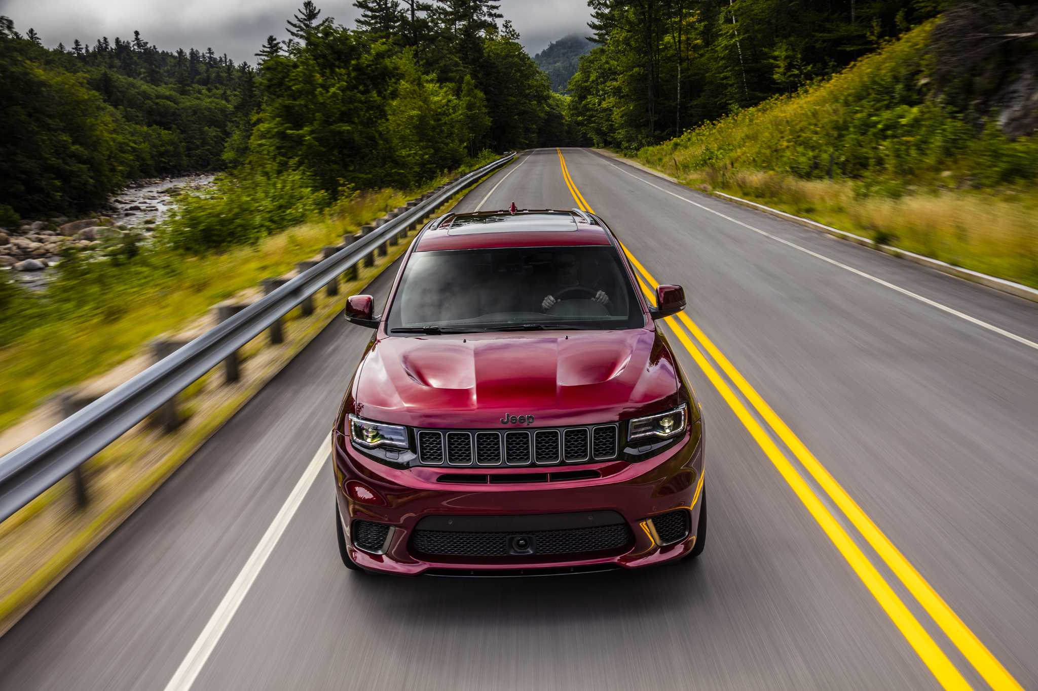 Grand Cherokee Trackhawk: Jeep's killer 707-hp SUV