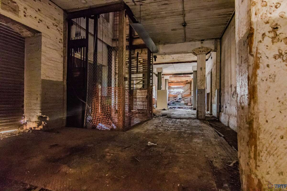 The abandoned Merchants Ice and Cold Storage building at 1305 East Houston will be the site of the new VelocityTX innovation hub, part of the Texas Research & Technology Foundation.