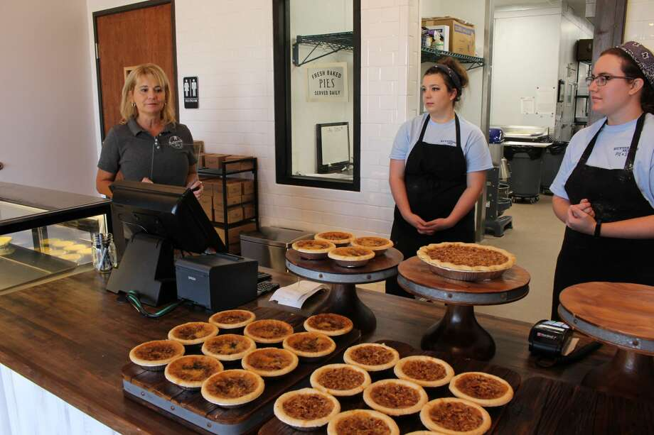 Buttermilk Sky Pie Shop opened Friday Oct. 6 at Cornerstone shopping center. Photo: Mercedes Cordero/Reporter-Telegram