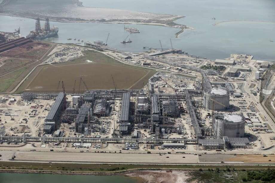 Construction continues at the Cheniere Liquid Natural Gas plant in Portland, Texas, Tuesday, Aug. 8, 2017. Photo: Jerry Lara /San Antonio Express-News / San Antonio Express-News