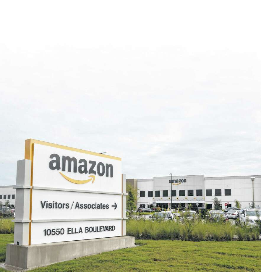 The Amazon warehouse complex is shown on Wednesday, Sept. 27, 2017, in Houston. ( Brett Coomer / Houston Chronicle ) Photo: Brett Coomer, Staff / © 2017 Houston Chronicle