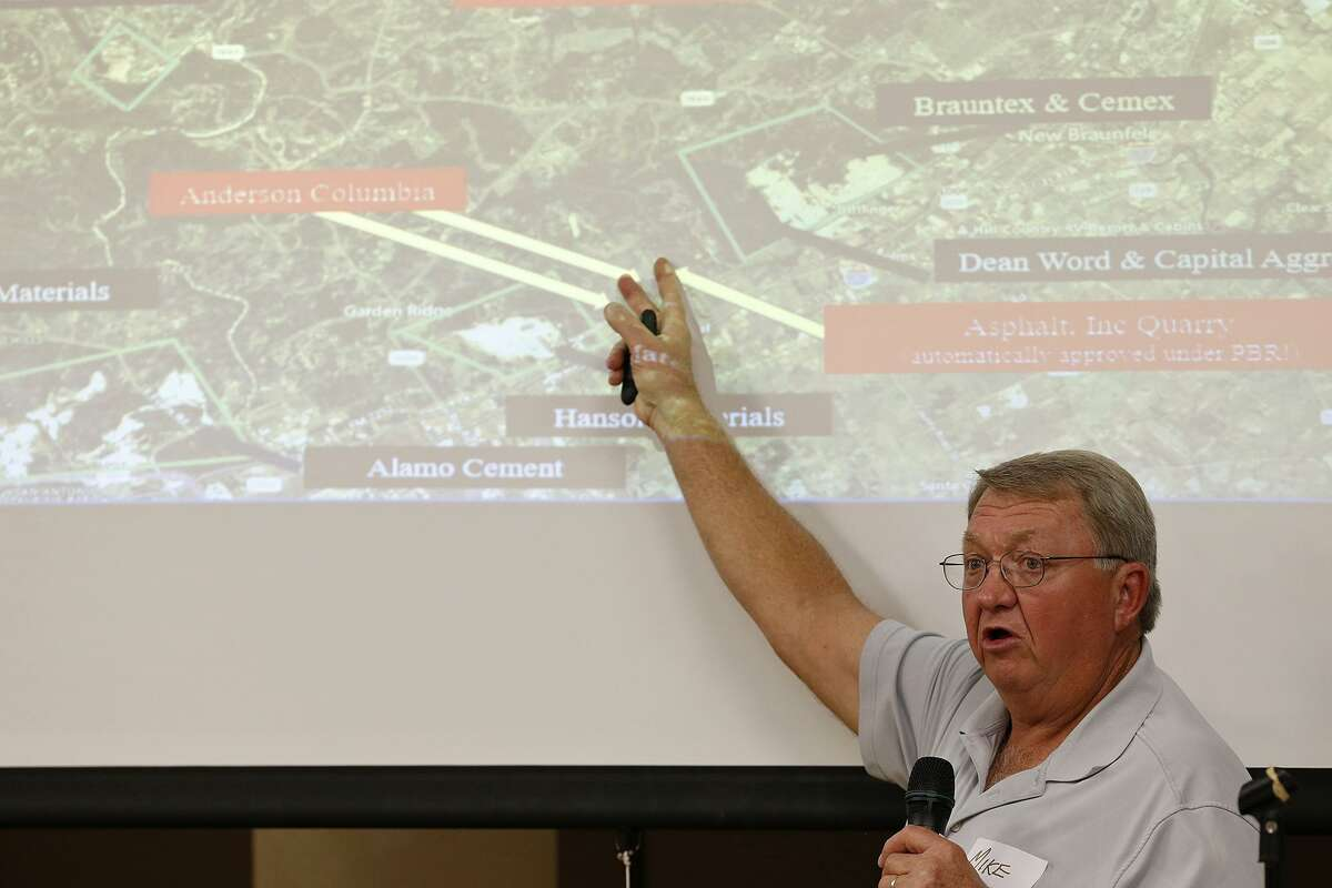 Mike Zimmerman speaks during the Friends of Dry Comal Creek community awareness meeting held Thursday Oct. 5, 2017 at the Bulverde-Spring Branch Activity Center in Bulverde, TX. The meeting was on Vulcan Materials Company's application for an air quality permit from the Texas Commission on Environmental Quality (TCEQ), for a rock crushing quarry at the intersection of Highway 46 and FM 3009 in Comal County.