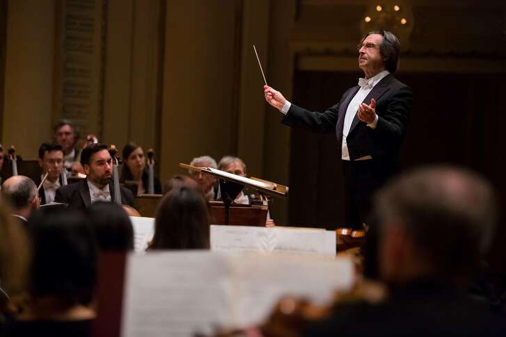 Conductor Riccardo Muti leads the Chicago Symphony Orchestra