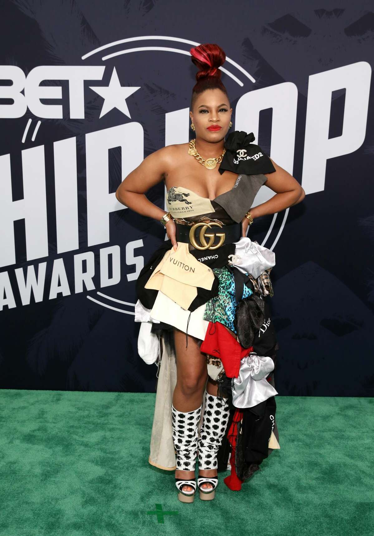 Best:Classic. Cherry Bomb wears an abstract of designer cloth bags. Keep clicking to see which celebrities were named best and worst dressed of the 2017 BET Hip Hop Awards.