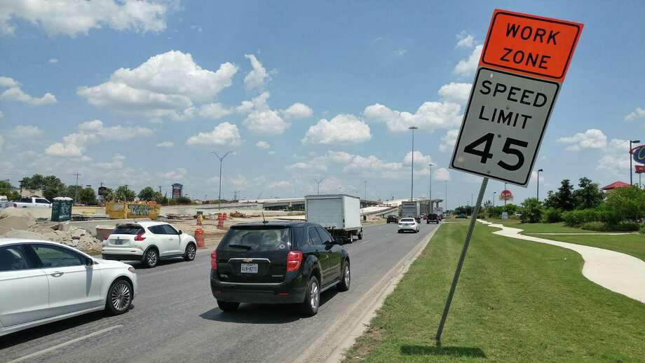 """The Texas Department of Transportation is working on highway """"flyovers"""" at Loop 410 and Texas 151. Southbound and then northbound lanes on the Loop will be closed this weekend between 151 and U.S. 90. Photo: John Tedesco /San Antonio Express-News"""
