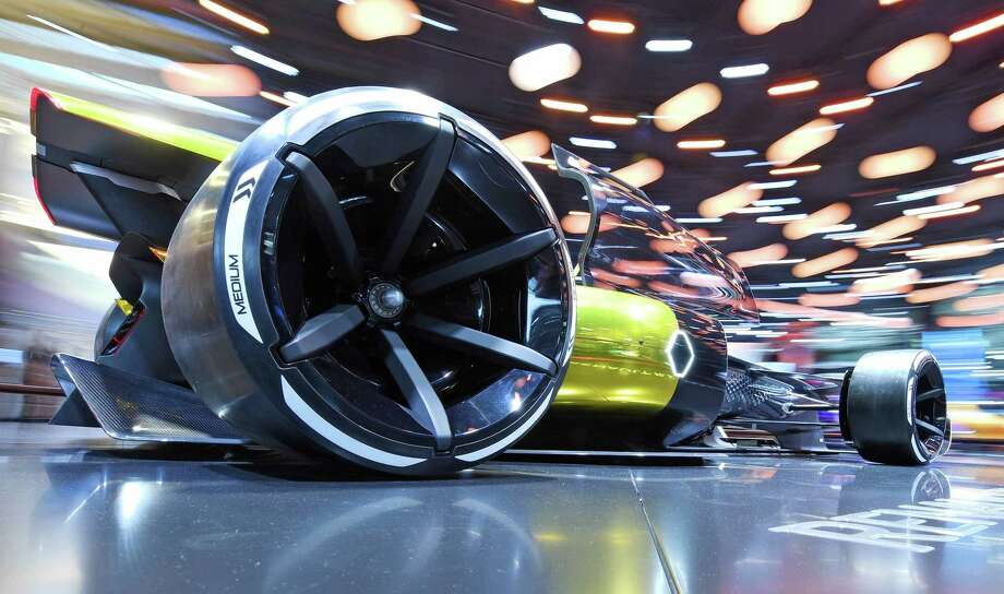 As regulators crack down on emissions from combustion engines and as drivers seek cars that can do more by themselves, CEO Carlos Ghosn wants to position Renault as a major player in mass-market electric and driverless cars. Photo: ULI DECK, Contributor / AFP or licensors