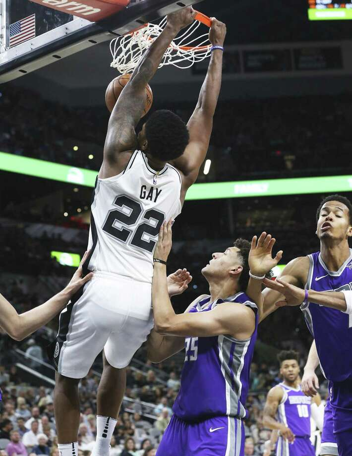 Rudy Gay leaves the defense on the floor for a dunk in the first half as the Spurs play the Kings at the AT&T Center on October 6, 2017. Photo: Tom Reel, Staff / San Antonio Express-News / 2017 SAN ANTONIO EXPRESS-NEWS