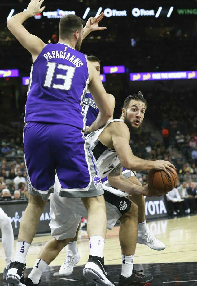Joffrey Lauvergne spins in the lane as the Spurs play the Kings at the AT&T Center on October 6, 2017. Photo: Tom Reel, Staff / San Antonio Express-News / 2017 SAN ANTONIO EXPRESS-NEWS
