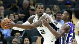 LaMarcus Aldridge pivots in the low post as the Spurs play the Kings at the AT&T Center on October 6, 2017.