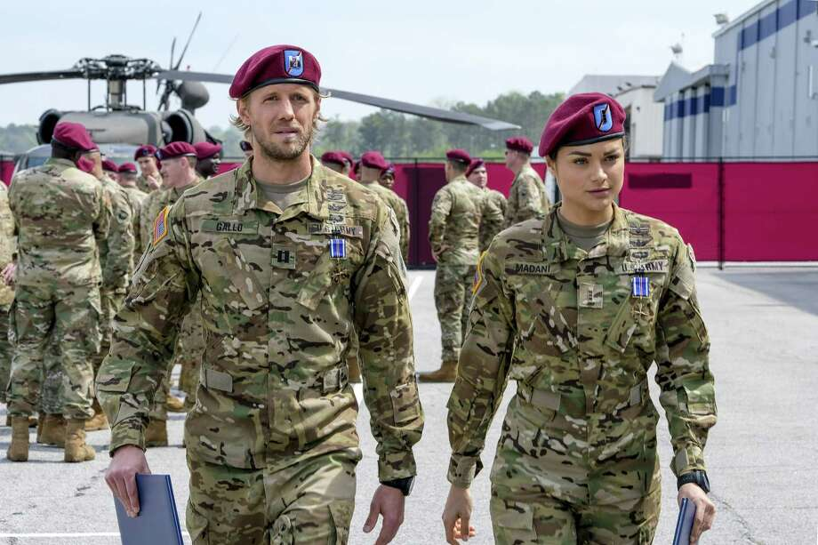 """Valor -- """"Pilot"""" -- Image Number: VAL101b_0929b2.jpg -- Pictured (L-R): Matt Barr as Gallo and Christina Ochoa as Nora -- Photo: Mark Hill/The CW -- A?A© 2017 The CW Network, LLC. All Rights Reserved . Photo: Credit: Marl Hill / © 2017 THE CW NETWORK, LLC. Credit: Marl Hill."""