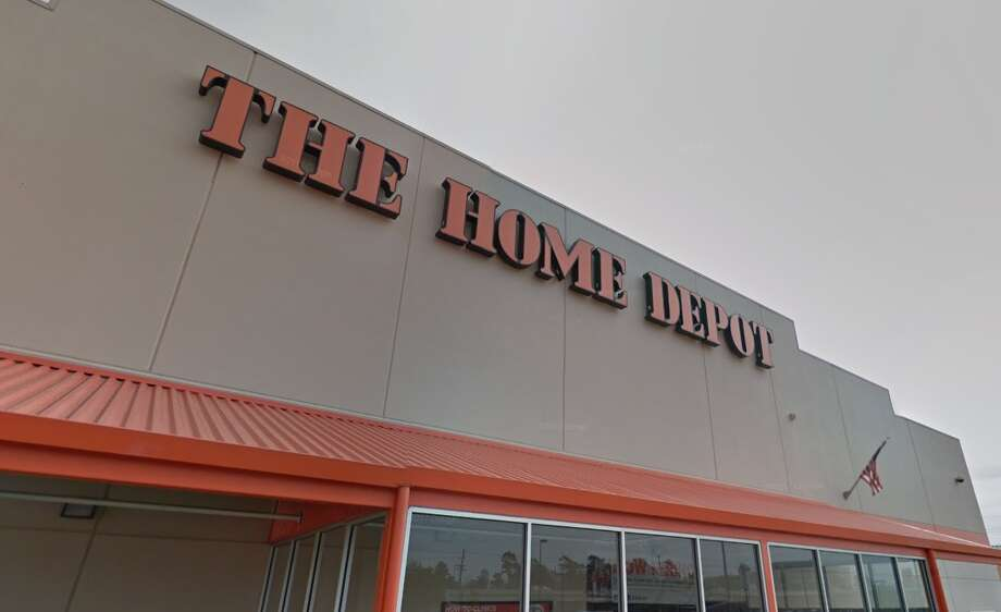 Shenandoah police were sent to the Home Depot at the intersection of Interstate 45 and Tamina Road around 6 p.m. Thursday, Oct. 5, 2017, after a man trying to sell an iPhone 7 was robbed at gunpoint. Photo: Google Maps