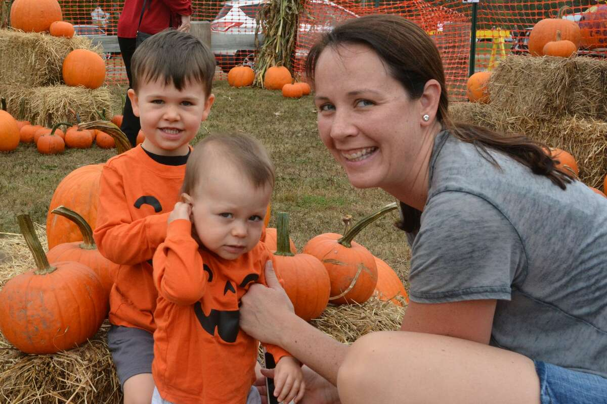 The Boys & Girls Club of Milford held its annual Pumpkins on the Pier event on October 7, 2017 at Walnut Beach. Families enjoyed a pumpkin pie eating contest, crafts and activities and games. Were you SEEN?