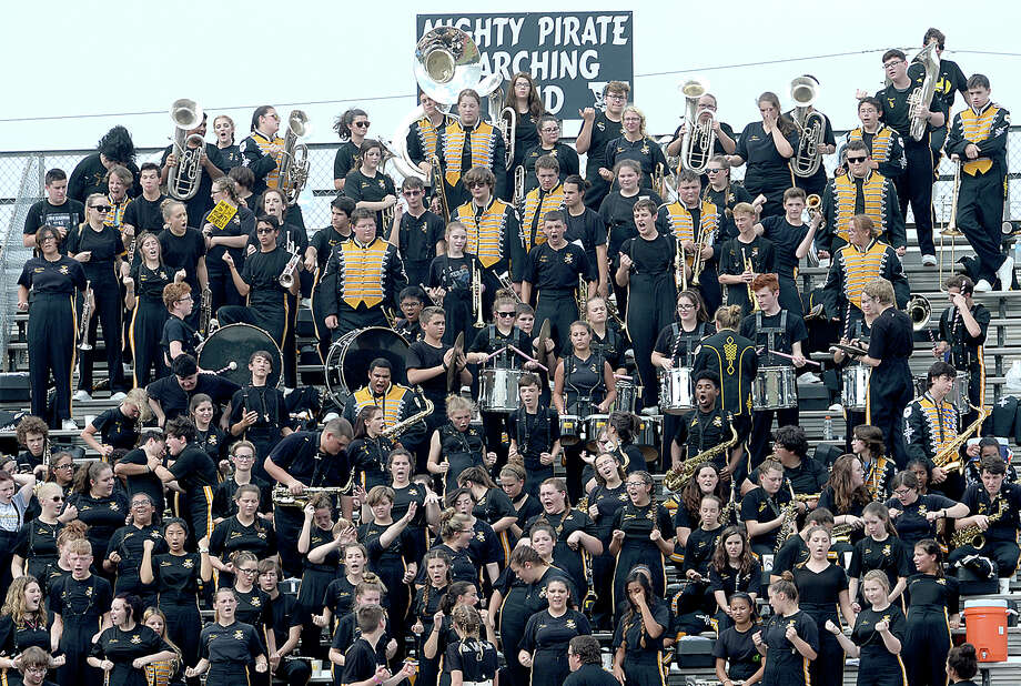 Vidor's band cheers on the Pirates as they face Nederland Saturday at Vidor High School. Photo taken Saturday, October 7, 2017 Kim Brent/The Enterprise Photo: Kim Brent / BEN