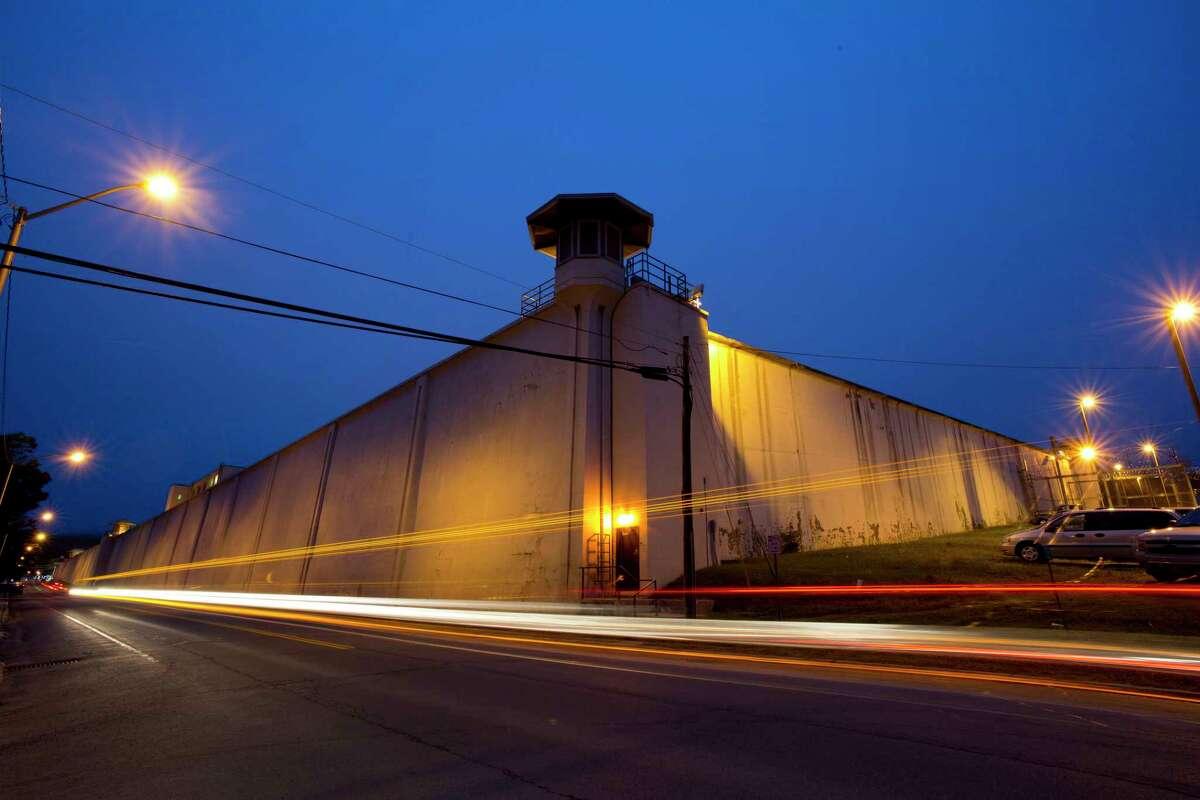 Traffic passes the Clinton Correctional Facility, Monday, June 15, 2015, in Dannemora, N.Y. (AP Photo/Mark Lennihan)