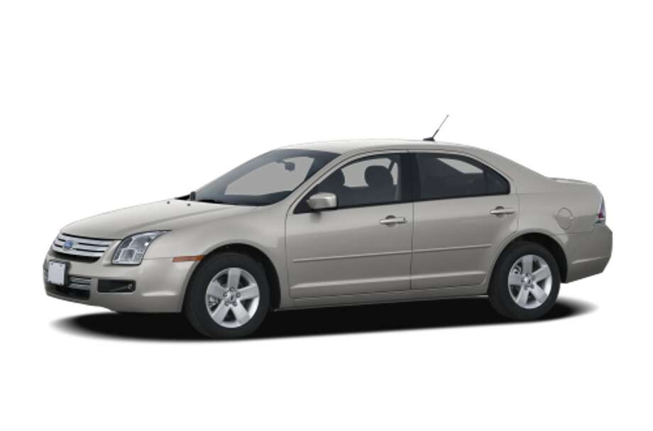 A car similar to this stock image of a silver 2008 Ford Fusion is suspected to be involved in the abduction of 2-year-old Jalanie Fortson in San Francisco on October 7th, 2017. License plate is 7RLR145.