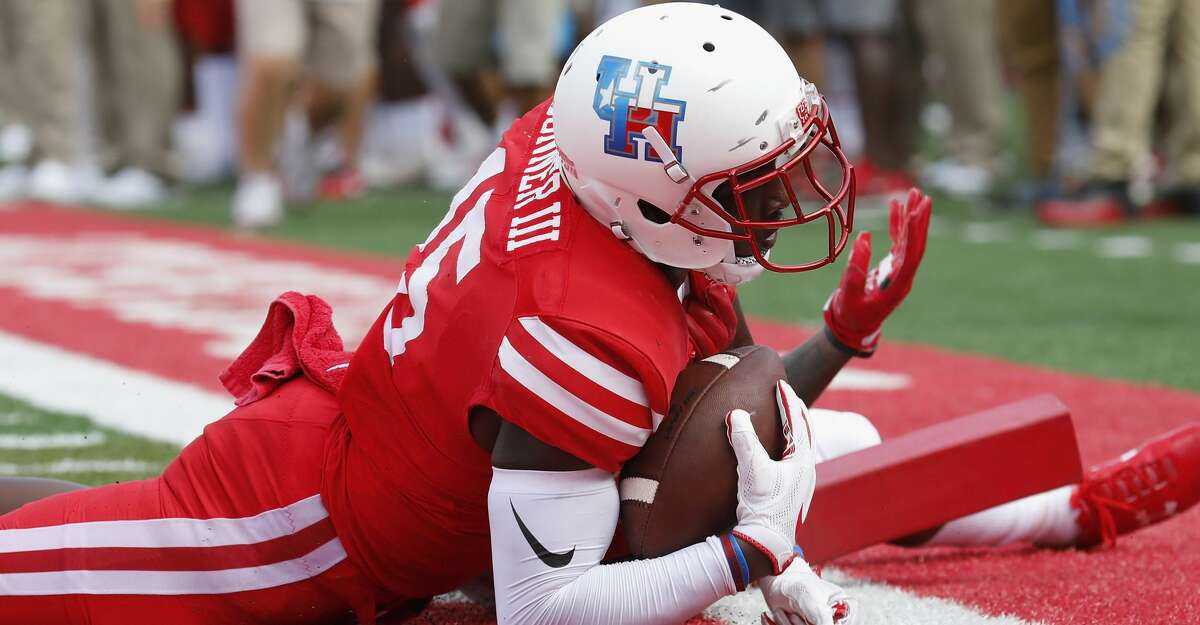 Houston Cougars wide receiver Linell Bonner (15) scores a touchdown in the fourth quarter during the NCAA football game between the Texas Tech Red Raiders and the Houston Cougars at TDECU Stadium in Houston, TX on Saturday, September 23, 2017.