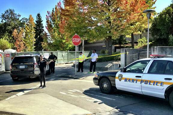 BART police shut down Lafayette Station after three people were stabbed on the platform during an attempted robbery Sunday morning.