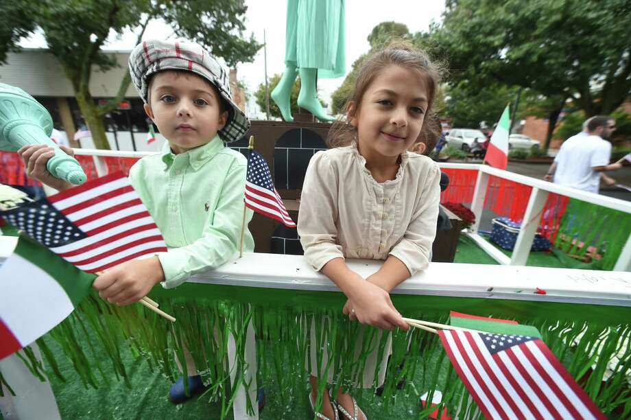 Rain cleared for the Greater New Haven Columbus Day Parade on Campbell Ave. in West Haven on October 8, 2017. Photo: Arnold Gold, Hearst Connecticut Media / New Haven Register