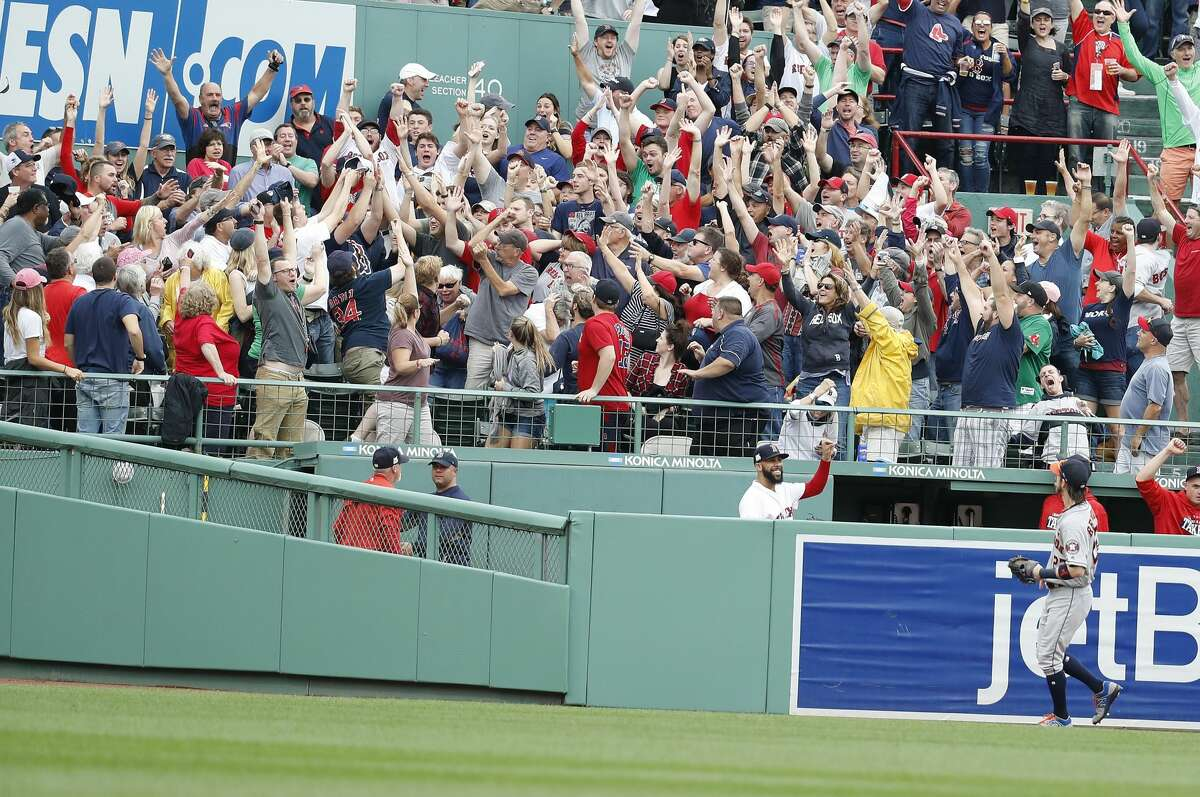 Houston Astros right fielder Josh Reddick (22) watches Boston Red Sox Rafael Devers' home run ball go into the crowd off of Astros relief pitcher Francisco Liriano during the third inning of the ALDS Game 3 at Fenway Park, Sunday, Oct. 8, 2017, in Boston . ( Karen Warren / Houston Chronicle )