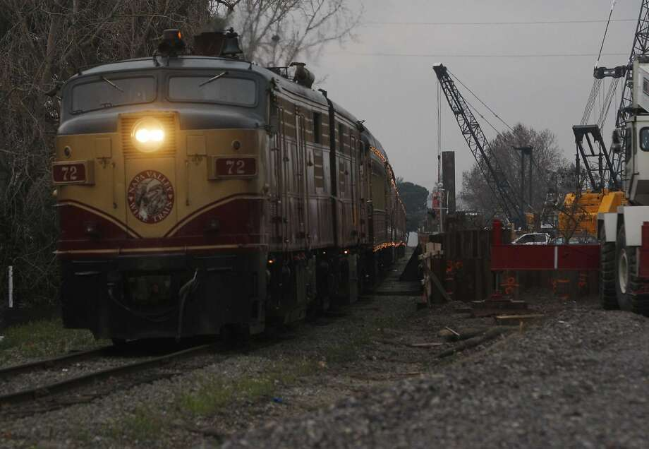 The Napa Valley Wine Train (Pictured in this file photo) crashed into a stretch limousine bus that apparently got stuck on the tracks at a cross near St. Helena on Sunday afternoon. No one was seriously injured in the crash. Photo: Mike Kepka, The Chronicle