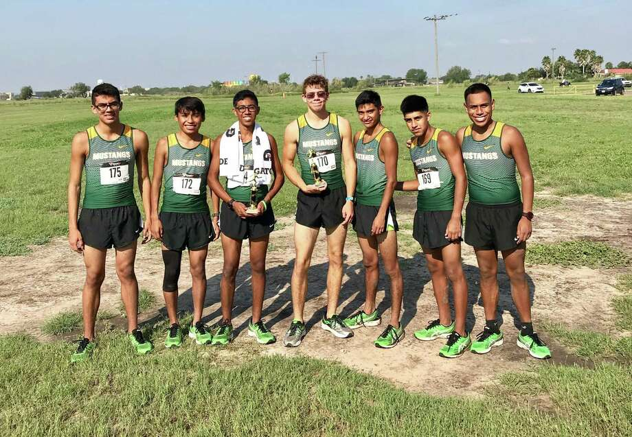 Nixon's cross country team is one of the favorites to take home one of the top-three places at the District 31-5A meet and advance to the regional meet. Photo: Courtesy Photo