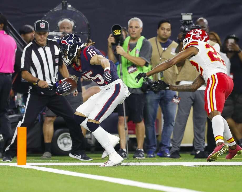 After thriving alongside Deshaun Watson last season, Will Fuller (15) looks to pick up where the two left off before Watson's knee injury. Photo: Brett Coomer/Houston Chronicle