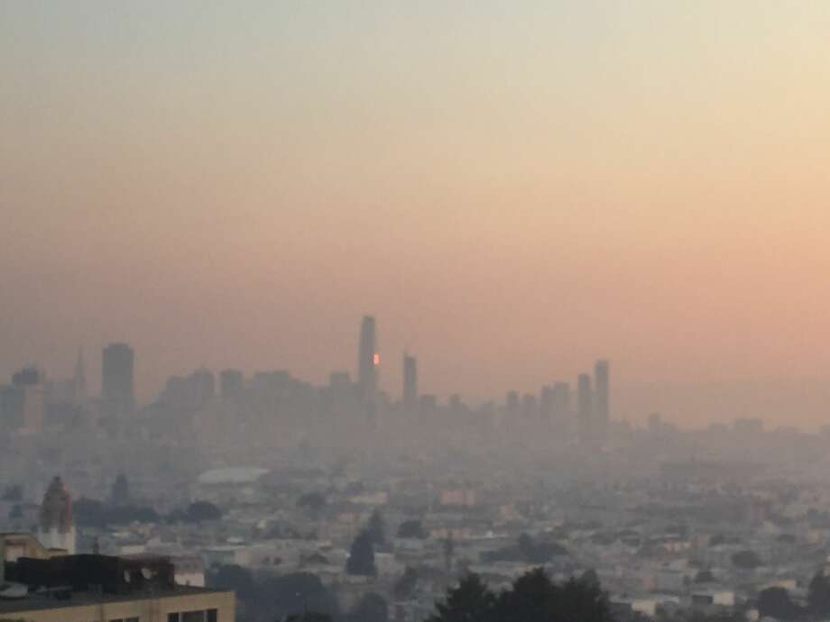 Views of San Francisco's skyline are smoke-filled on the morning of Oct. 9, 2017 as multiple wildfires burn in Mendocino and Sonoma counties. Photo: Amy Graff